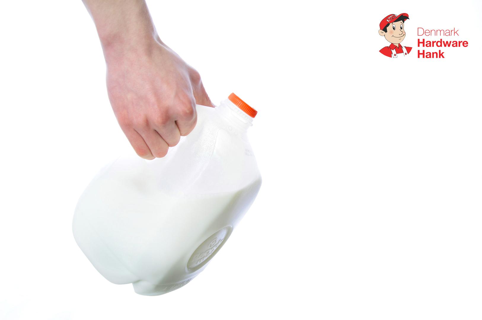 Denmark Hardware Hank Abstract Milk Design
